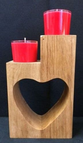 Oak Heart with 2 Scented Candles