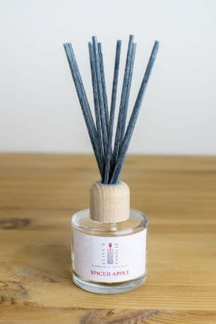 Spiced Apple Reed Diffuser, Apple, Cinnamon & Cloves