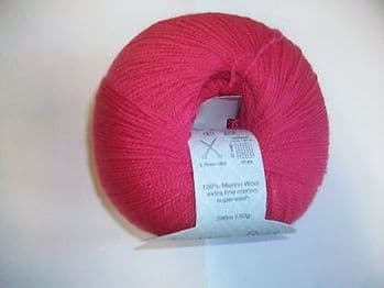 DEBBIE BLISS RIALTO LACE KNITTING YARN - shade 44009 pink