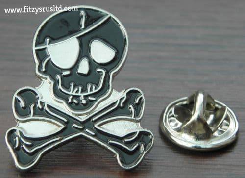 Skull & Crossbones Pin Badge Brooch Cross Bones Pirate